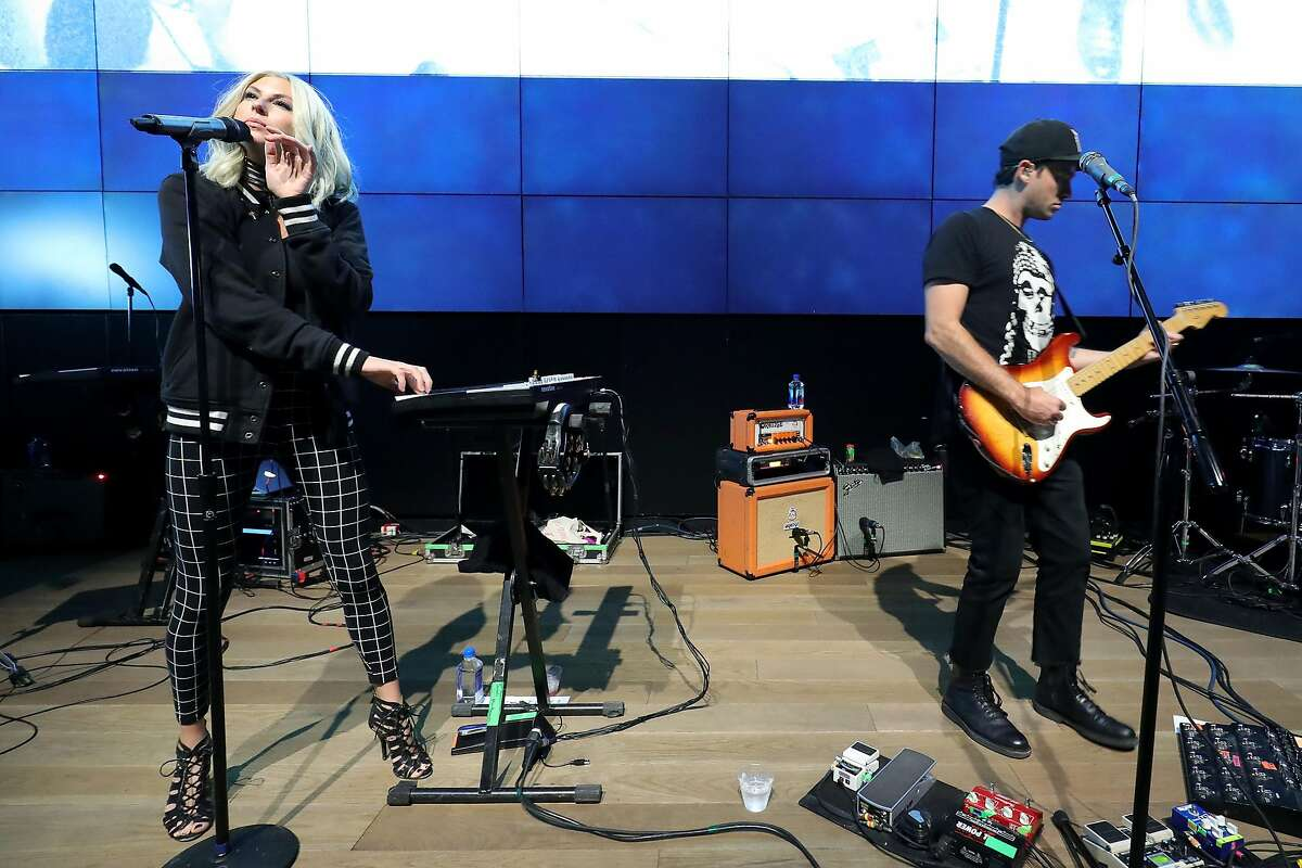 NEW YORK, NY - JUNE 16: Phantogram performs at Samsung 837's Live@837 NYC Summer Series on June 16, 2016 in New York City. (Photo by Neilson Barnard/Getty Images for Samsung)