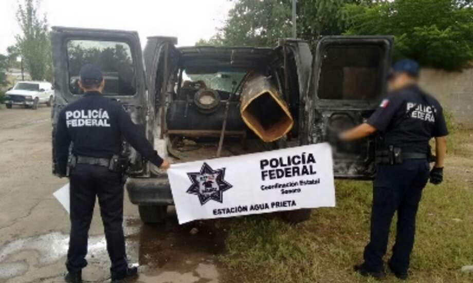 Federal authorities in Mexico found a vehicle with a 9-foot-long homemade bazooka inside on Sept. 17, 2016. They believe it was used to launch items over the U.S.-Mexico border. Photo: Courtesy/Mexican National Security Commission