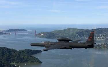 Pilot killed, another hurt in Northern California U-2 plane