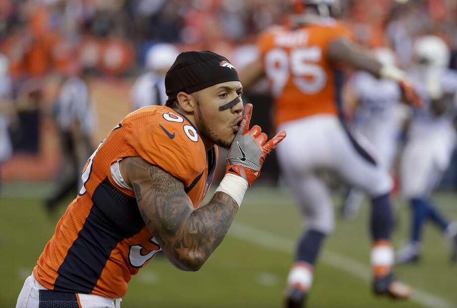 Denver Broncos linebacker Shane Ray celebrates after scoring during the second half of Sunday's 34-20 win over the Colts. Photo: Jack Dempsey, Associated Press