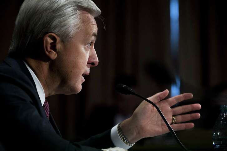 John Stumpf, chief executive officer of Wells Fargo & Co., testifies before the Senate Committee on Banking, Housing, and Urban Affairs in Washington, D.C., U.S., on Tuesday, Sept. 20, 2016. Stumpf, struggling to quell public rancor after the bank's employees opened unauthorized accounts for legions of customers, said the company has expanded its review of the matter to include 2009 and 2010. Photographer: Pete Marovich/Bloomberg