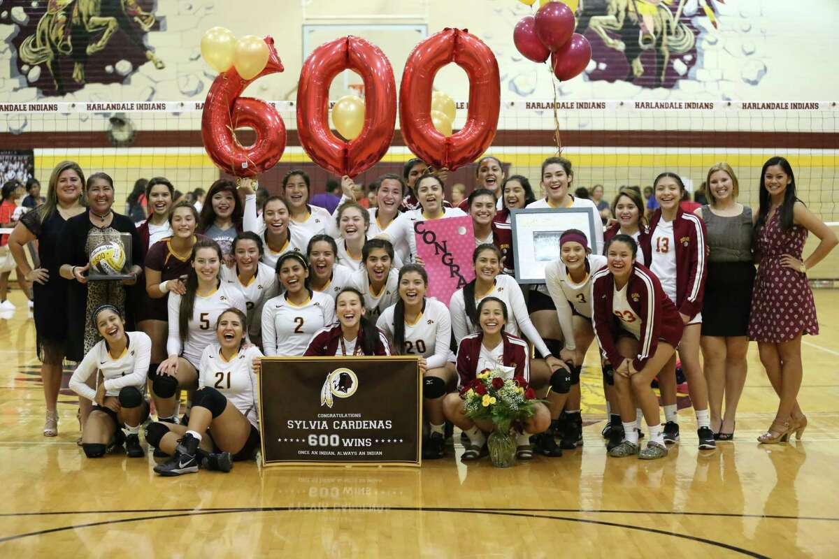 Harlandale High School head volleyball coach Sylvia Cardenas marked a milestone on Sept. 6, clinching her 600th career win as the Indians defeated the Wagner Thunderbirds at home. Cardenas, a 1979 Harlandale graduate who has coached at her alma mater since 1984, was congratulated by her team, staff and other supporters after the victory.