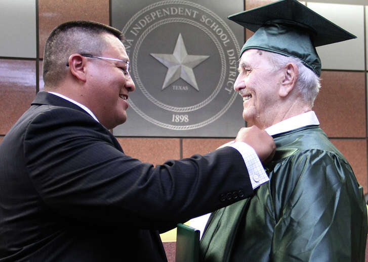 Billy Williams, a Korean War vet and Pasadena resident since 1945, received a pin at a recent ceremony marking his receipt of a high school diploma. The pin was presented 65 years after his scheduled graduation by  Joe Saavedra, principal of  Pasadena High School.