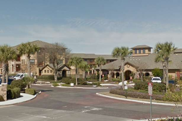 A company linked with Fort Worth real estate firm Crescent Real Estate Holdings has bought the $41.3 million Mira Loma apartment complex in Live Oak — the latest of several local purchases of major multifamily assets by firms from outside San Antonio.