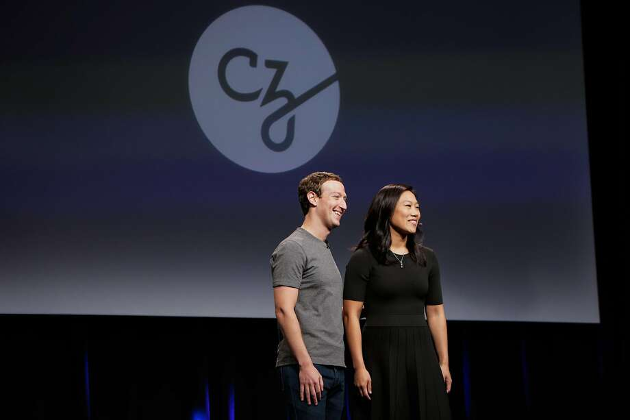 Facebook founder and CEO Mark Zuckerberg (left) and his wife Dr.Priscilla Chan (right) give their closing remarks at an announcement for the new Chan-Zuckerberg initiative to fund disease-prevention research, at the Rutter center at UCSF, in San Francisco, California, on Wednesday, Sept. 21, 2016. Photo: Gabrielle Lurie, The Chronicle