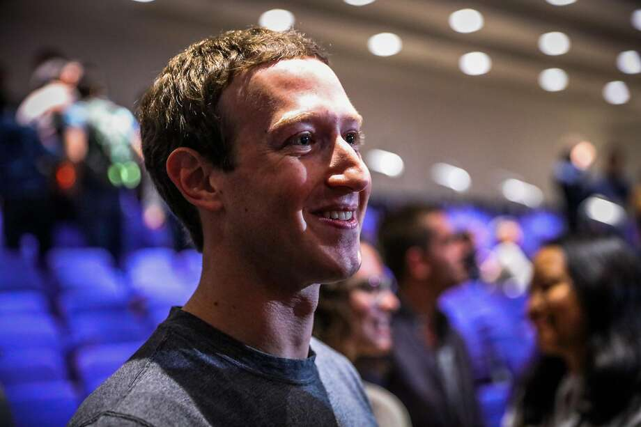 Facebook CEO Mark Zuckerberg (center) greeted supporters following the announcement of the new Chan-Zuckerberg initiative to fund disease-prevention research, at the Rutter center at UCSF, in San Francisco, California, on Wednesday, Sept. 21, 2016.Scroll through the slideshow to see some of Facebook's suggestions as to who should voice Zuckerberg's AI. Photo: Gabrielle Lurie, The Chronicle