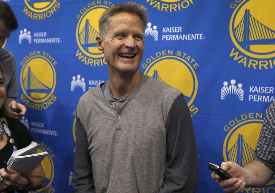Golden State Warriors head coach Steve Kerr meets with sports reporters to talk about the upcoming NBA season at the team's practice facility in Oakland, Calif. on Wednesday, Sept. 21, 2016. Photo: Paul Chinn, The Chronicle