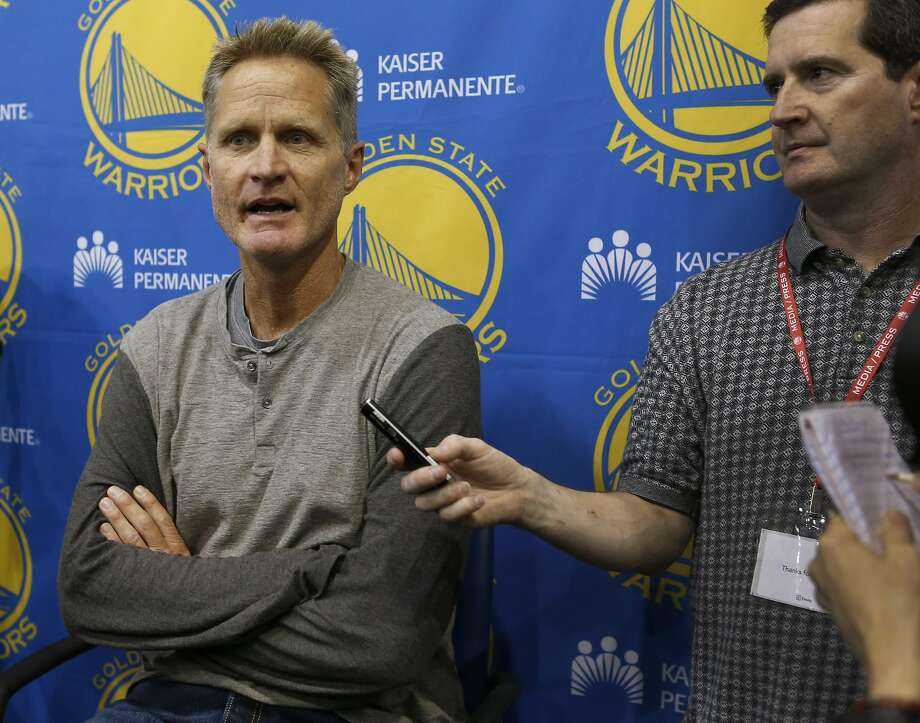 Golden State Warriors head coach Steve Kerr talks about the upcoming NBA season at the team's practice facility in Oakland, Calif. on Wednesday, Sept. 21, 2016. Photo: Paul Chinn, The Chronicle