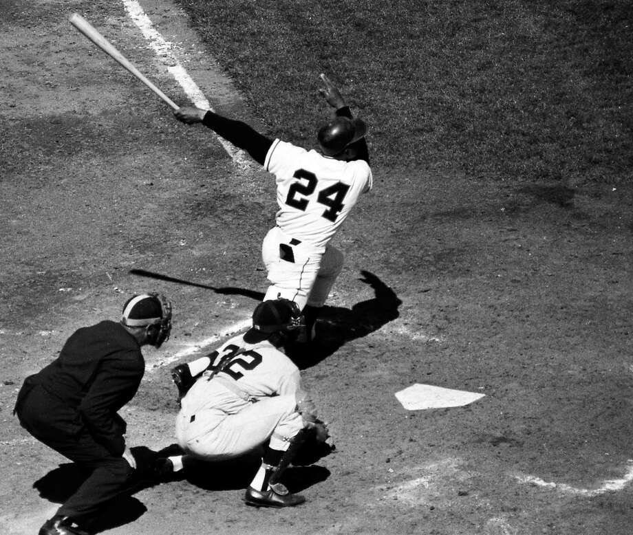 Willie Mays would hit two home runs for the San Francisco Giants in Game 1 on Oct. 1, 1962. Photo: The Chronicle