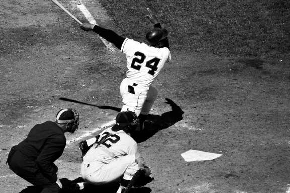 San Francisco Giants Game 1 action from 1962 playoff series against the Los Angeles Dodger 10/1/1962