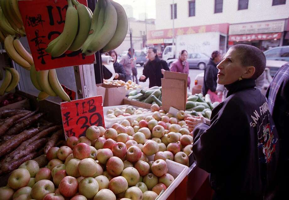 Chef and food scholar Barbara Tropp goes shopping in Chinatown in 1999. Tropp was one of the many pioneering female chefs of the Bay Area. Photo: Michael Maloney, The Chronicle 1999