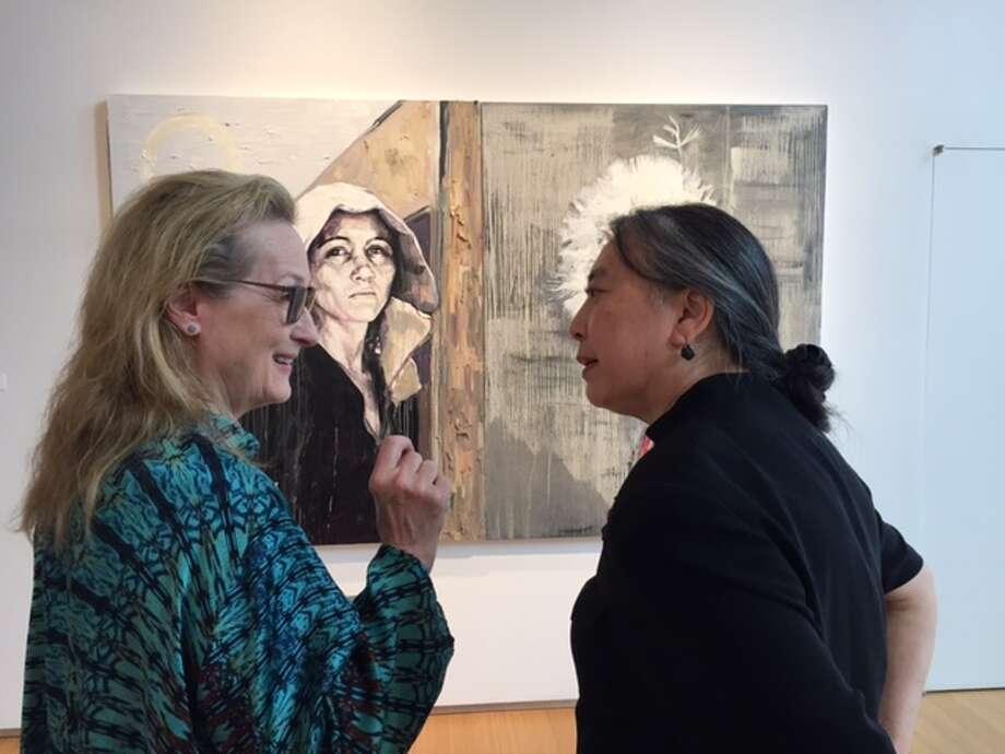 Meryl Streep meets with Hung Liu at Nancy Hoffman Gallery in New York.