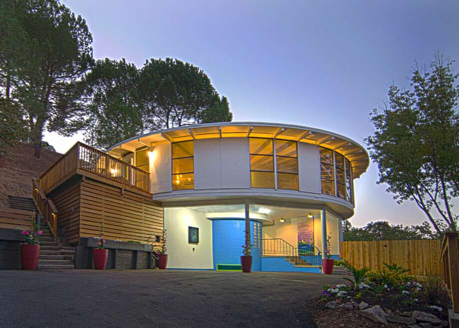 A round house? Yes, this property with unique geometry at 1874 Meadow Lane in Walnut Creek is on the market for $1.7 million. Photo: Access Photos