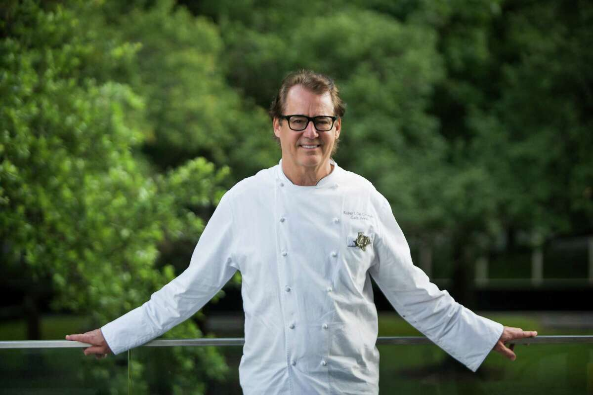 James Beard Award-winning chef Robert Del Grande will participate in a Friends of James Beard Benefit dinner at Caracol on March 26.
