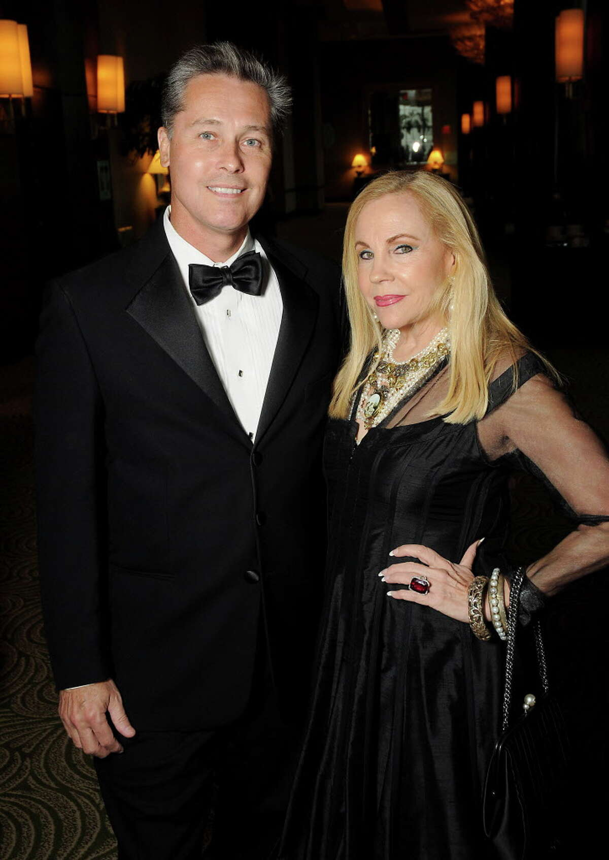 Honoree Carolyn Farb and Bob Nowak at the Health Museum's Hearts of Gold Gala at the Hilton Americas Hotel Friday Sept. 16, 2016. (Dave Rossman Photo)
