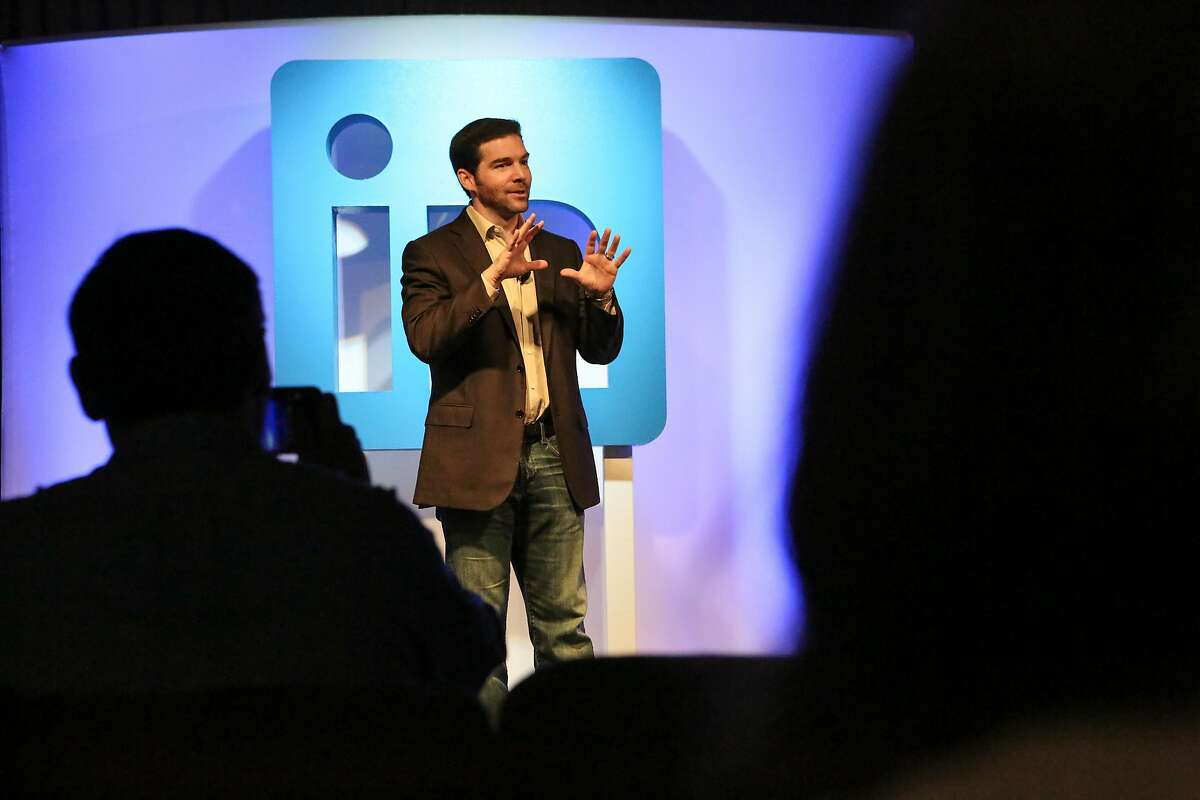 LinkedIn CEO Jeff Weiner announces the release of three new customer experiences, which includes desktop redesign, feed, and messaging & bots, at LinkedIn headquarters in San Francisco, Calif. on Thursday Sept. 22, 2016.