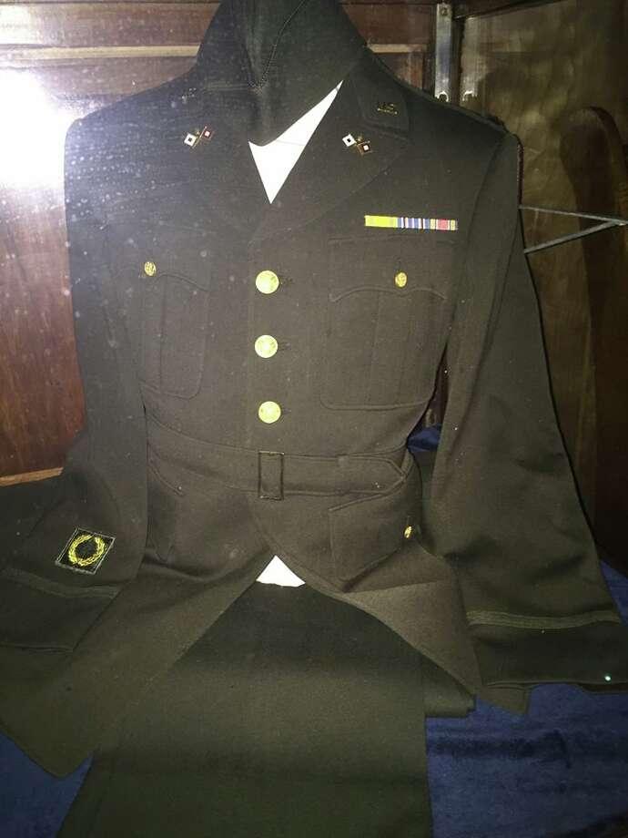 WW II Veteran Ralph Andermann's military uniform. Photo: /