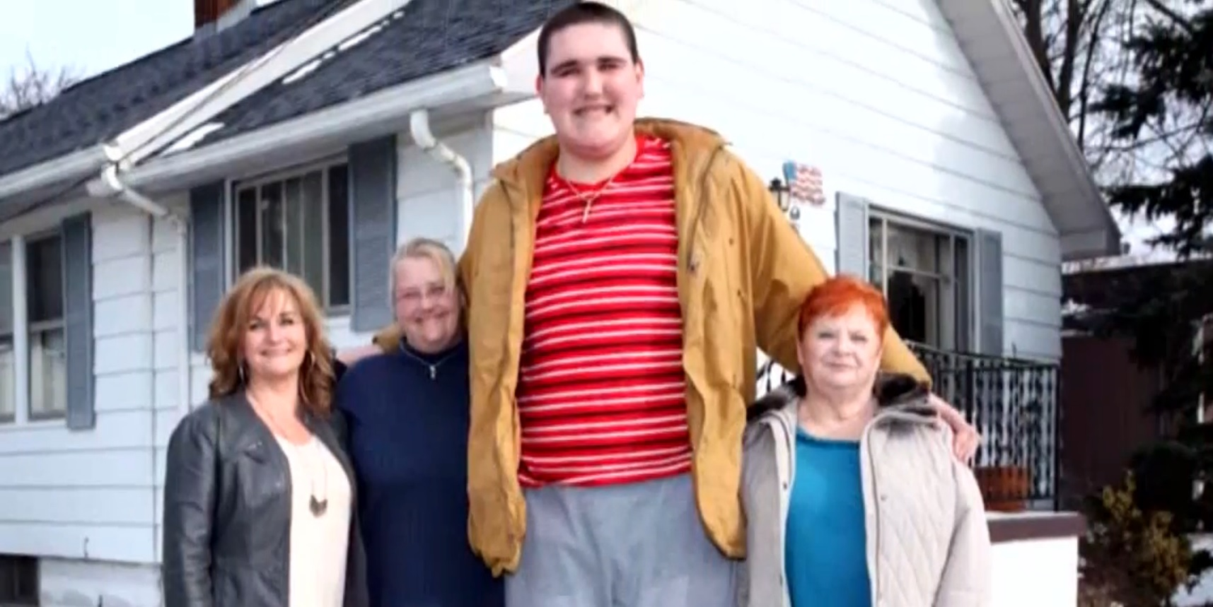 World's next tallest man alive could be this teenager in Michigan