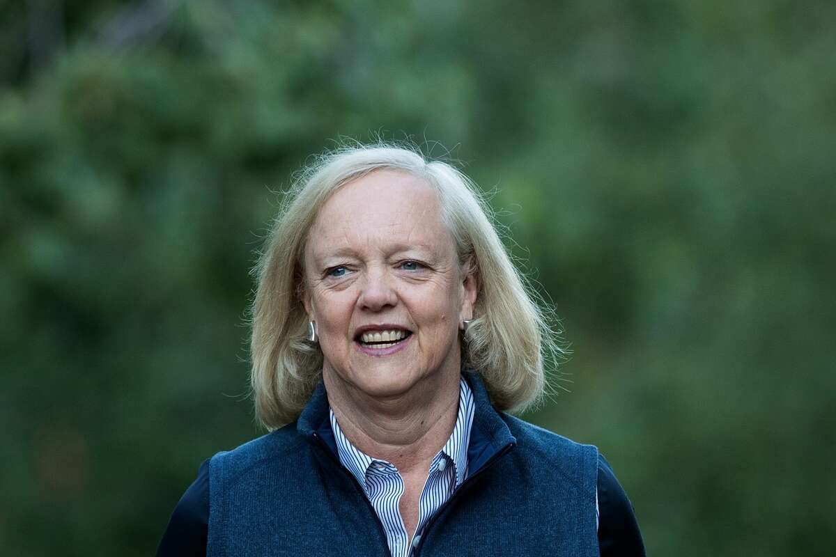 SUN VALLEY, ID - JULY 6: Meg Whitman, chief executive officer of Hewlett Packard (HP), attends the annual Allen & Company Sun Valley Conference, July 6, 2016 in Sun Valley, Idaho. Every July, some of the world's most wealthy and powerful businesspeople from the media, finance, technology and political spheres converge at the Sun Valley Resort for the exclusive weeklong conference. (Photo by Drew Angerer/Getty Images)