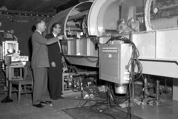 Edward Lofgren (left) and Edwin McMillan at Bevatron press conference, taken February 27, 1963.
