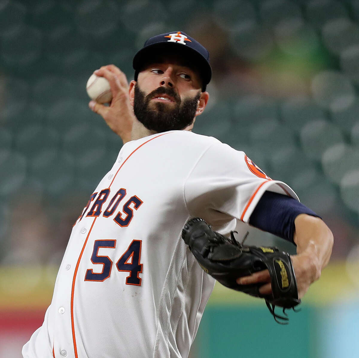 Houston Astros starting pitcher Mike Fiers (54) pitches during the first inning of an MLB game at Minute Maid Park, Thursday, Sept. 22, 2016 in Houston.