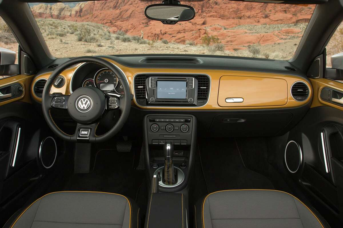 Inside, if the Dune is ordered in its signature Sandstorm Yellow, then the dash and upper door trims are also painted to match the exterior.