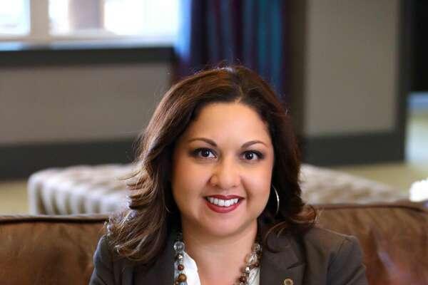 Davina Hosick, 38       Business relationship manager, Frost Bank