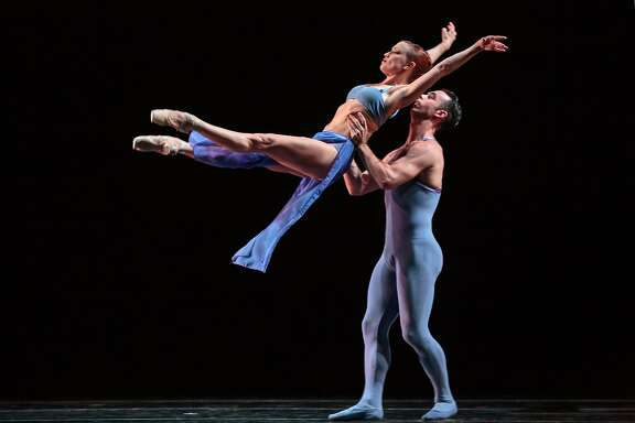 Smuin presents the West Coast premiere of Stanton Welch's Indigo, in its Dance Series 01, presented Sept. 23-24 at the Lesher Center, Walnut Creek, and Sept. 29 - Oct 2 at the Palace of Fine Arts, SF.  Shown (l-r): Erin Yarbrough-Powell, Ben Needham-Wood. Photo credit: Chris Hardy