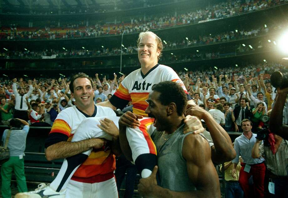 Houston Astros pitcher Mike Scott is carried by teammates Jim Deshaies, left, and Kevin Bess after his no-hitter game against the San Francisco Giants in the Houston Astrodome in Houston, Texas, Sept. 25, 1986.  The Astros won 2-0 to clinch the National League Western Division.  (AP Photo) Photo: ASSOCIATED PRESS