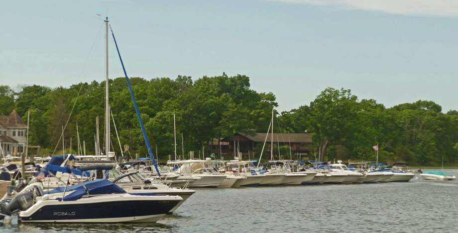 A report from the State of Connecticut Harbormaster for Darien, Tom Bell, says boat channels in Darien Harbor, above, are in fairly good shape and not in need of dredging. Some silting in the east west channel north of the Darien Boat Club's docks. Photo: Martin Cassidy / Staff Photo / Darien News