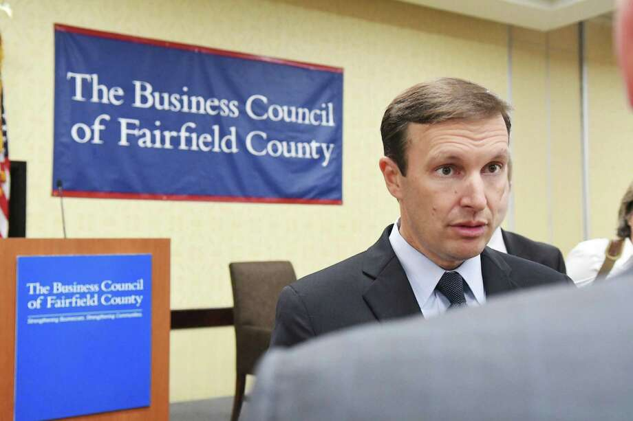 Senator Chris Murphy discusses his plan for tackling Connecticut's transportation infrastructure challenges during a Business Council of Fairfield County meeting at the Stamford Sheraton in Stamford, Conn., Sept. 23, 2016. Photo: Keelin Daly, For Hearst Connecticut Media / Stamford Advocate freelance