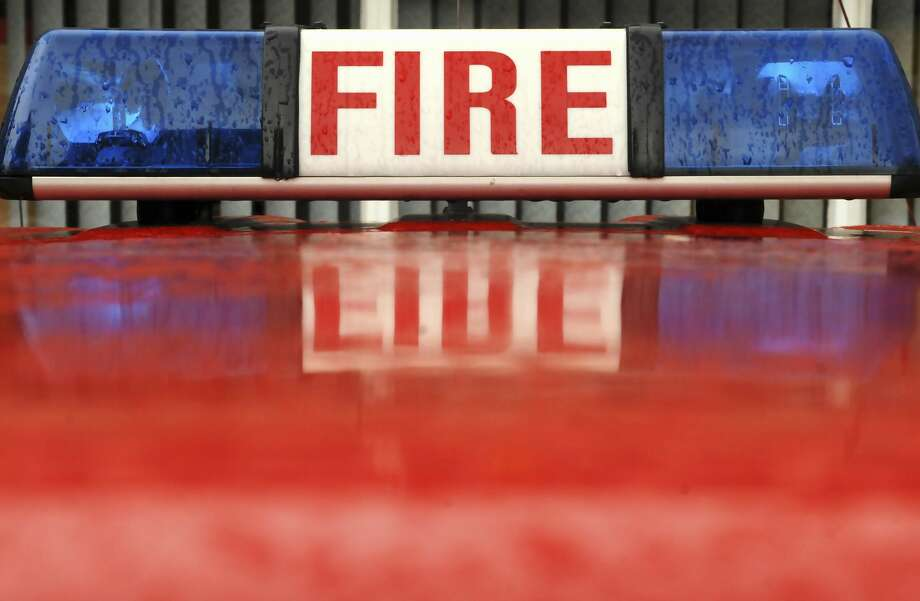 Emergency lights of fire engine (Photo by Universal Images Group via Getty Images) Photo: UniversalImagesGroup/UIG Via Getty Images