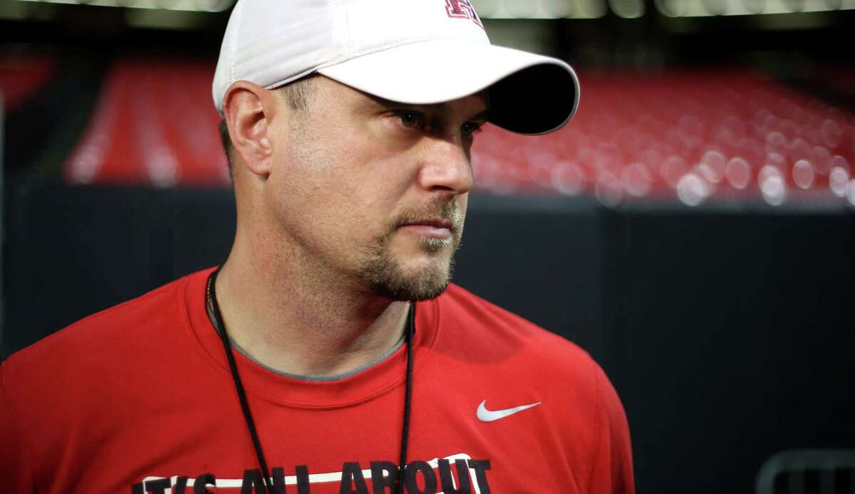 UH coach Tom Herman denied he or his agent was contacted by LSU, which has a head-coach vacancy after the firing of Les Miles on Sunday.