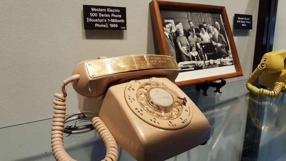 Houston's 1 millionth phone. Photo: Dan Feldstein, ATT