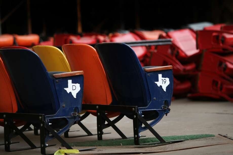 The Harris County Commissioner's court will vote on a $105 million plan to turn the Astrodome into a parking garage. Thursday, Sept. 22, 2016, in Houston. ( Steve Gonzales  / Houston Chronicle ) Photo: Steve Gonzales/Houston Chronicle