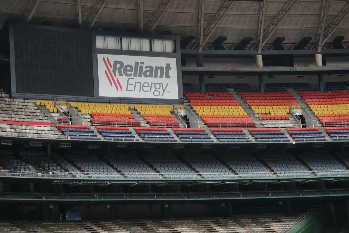 The Harris County Commissioner's court will vote on a $105 million plan to turn the Astrodome into a parking garage. Thursday, Sept. 22, 2016, in Houston. ( Steve Gonzales / Houston Chronicle )