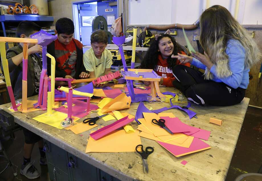 Students construct paper roller coasters for marbles in a hands-on technology class taught by Stephan Willner at Sequoia Middle School. Photo: Paul Chinn, The Chronicle