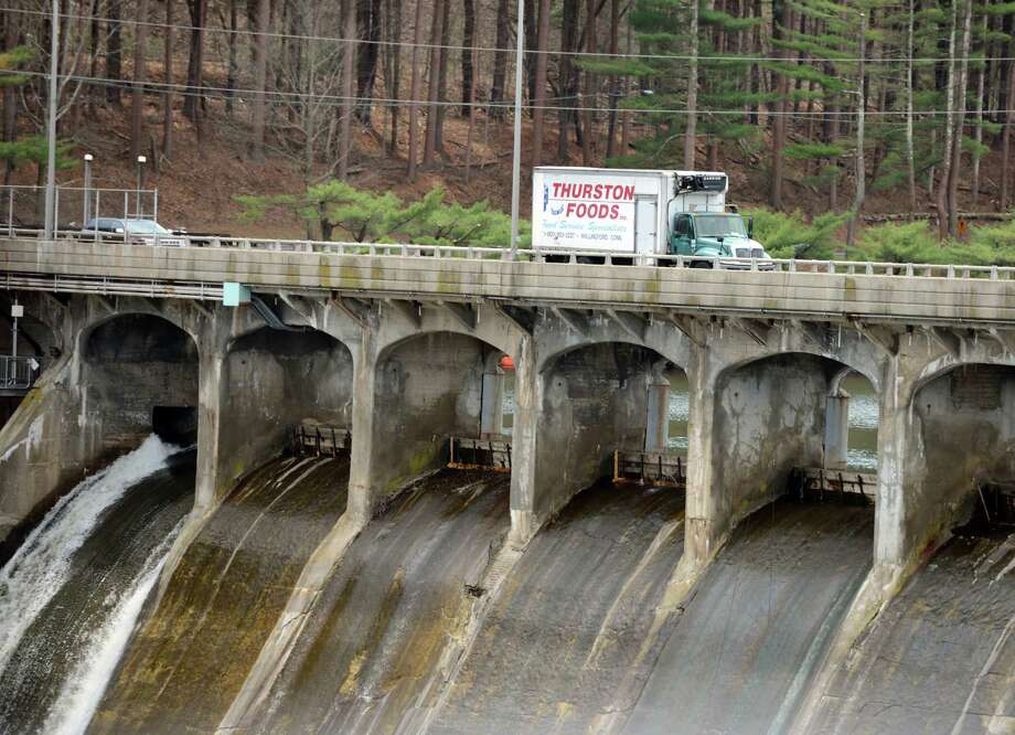 The bridge over the Stevenson Dam carries Route 34 over the Housatonic River between Monroe and Oxford. Photo: Autumn Driscoll / File Photo / Connecticut Post