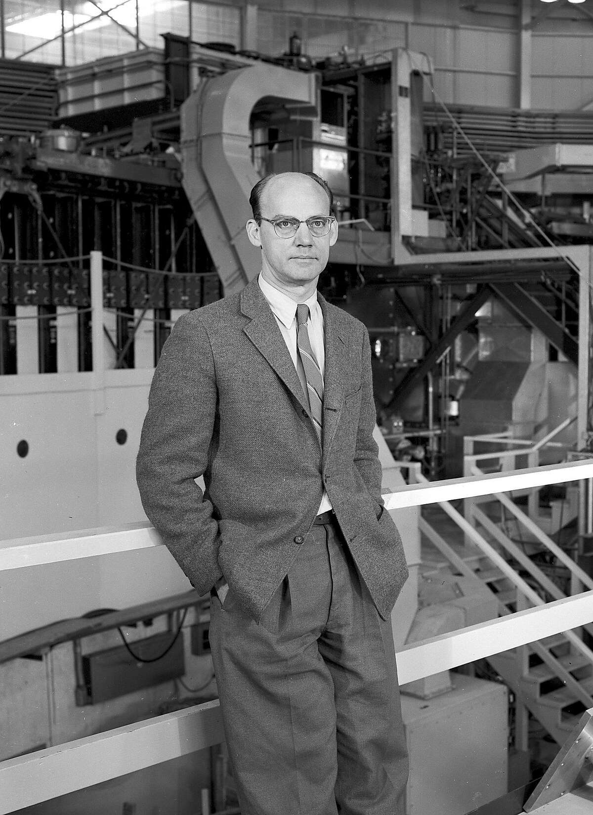 This 1957 photo released by the Lawrence Berkeley National Laboratory shows Edward Joseph Lofgren, a pioneering physicist at the Lawrence Berkeley National Laboratory. Lofgren, who led the development, construction and operation of the Bevatron, an early particle accelerator at the lab, died on Sept. 6, 2016. He was 102. (Lawrence Berkeley National Laboratory via AP)