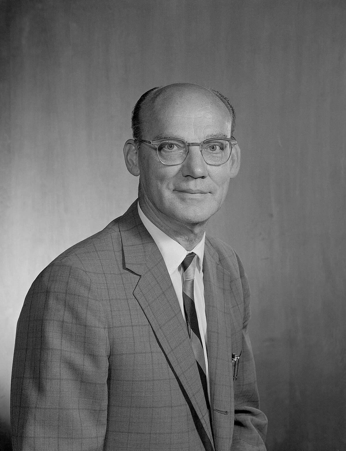 This undated photo released by the Lawrence Berkeley National Laboratory shows Edward Joseph Lofgren, a pioneering physicist at the Lawrence Berkeley National Laboratory. Lofgren, who led the development, construction and operation of the Bevatron, an early particle accelerator at the lab, died on Sept. 6, 2016. He was 102. (Lawrence Berkeley National Laboratory via AP)
