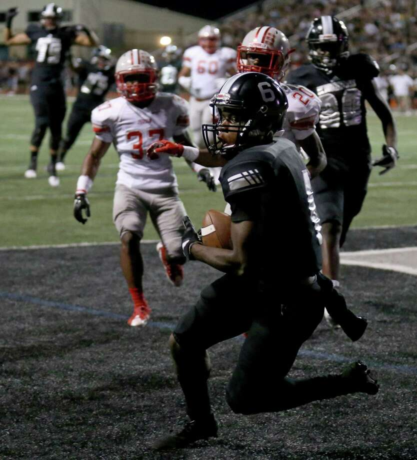 Steele's CJ Williams catches a pass in the end zone for a touchdown against Judson during first half action on Sept. 23, 2016 at Lehnhoff Stadium. Photo: Edward A. Ornelas /San Antonio Express-News / © 2016 San Antonio Express-News