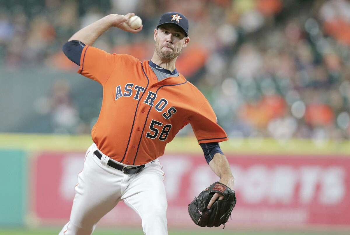 Houston Astros starting pitcher Doug Fister (58) pitches in the first inning against Los Angeles Angels on Friday, Sept. 23, 2016, at Minuet Maid Park in Houston.