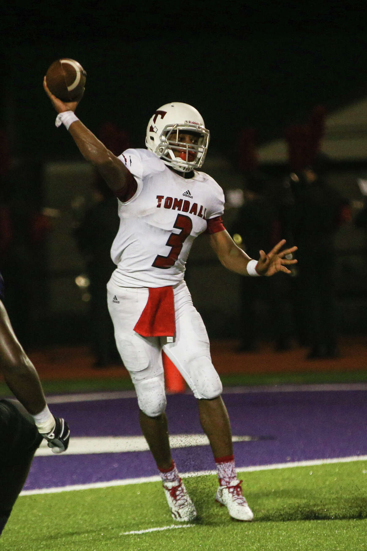 Tomball's Tybo Taylor (3) throws a pass during the varsity football game against Willis on Friday, Sept. 16, 2016, at Yates Stadium in Willis, Texas.