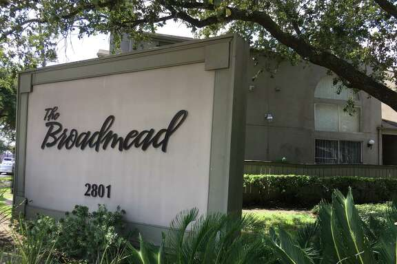 Houston-based Nitya Capital has purchased the Broadmead Apartments at 2801 Broadmead near NRG Park.