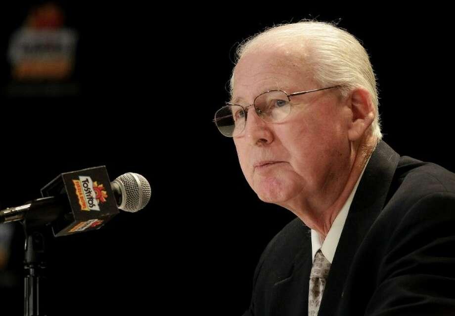 Kansas State coach Bill Snyder addresses the media Wednesday in Scottsdale, Ariz. Photo: Matt York