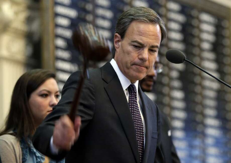 Texas Speaker of the House Joe Straus, R-San Antonio, adjourns the opening session of the 83rd Texas Legislature Tuesday in Austin. Photo: Eric Gay