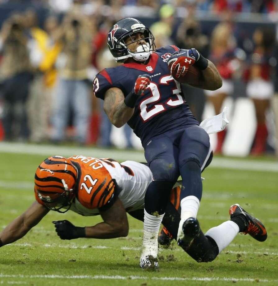 Texans running back Arian Foster ranked 2nd among AFC rushers with 1,424 yards. Photo: Jose Yau / Waco Tribune Herald2013