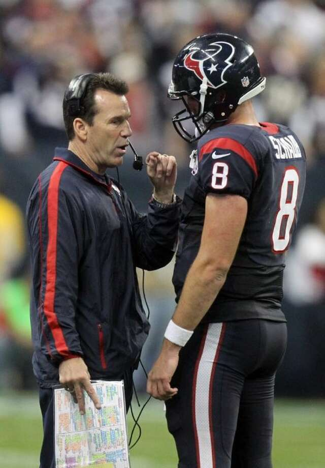 Texans coach Gary Kubiak defended his quarterback, Matt Schaub, after the team was eliminated from the NFL playoffs. Photo: Patric Schneider / AP2013