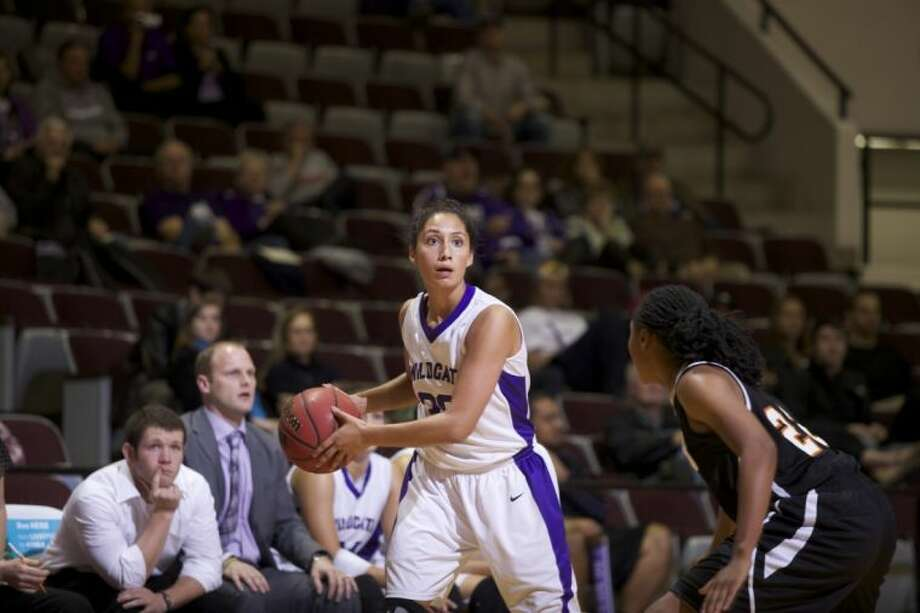 Willis High School graduate Renata Marquez leads Abilene Christian with 28.8 minutes, 13.1 points, 2.7 assists and 1.9 steals per game. Photo: Gary Rhodes