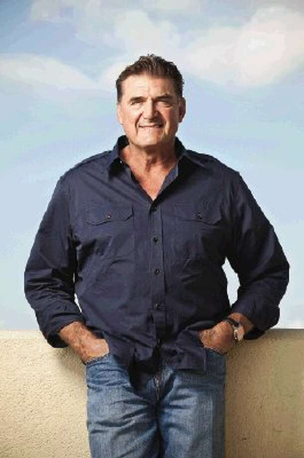 Former Houston Oiler quarterback Dan Pastorini will sign his new book and participate in a question-and-answer session at Walden Golf Club Feb. 9. Photo: TODD SPOTH / Todd Spoth